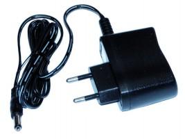 STRONG transzformátor LED-hez 12V 6W csatlakozóba